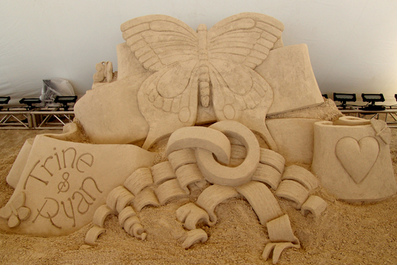 Beautiful sand sculpture for weddings and beach proposals Florida