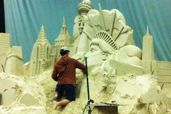Chrysler Building Sand Empire State building Sand Statue of Liberty Sand