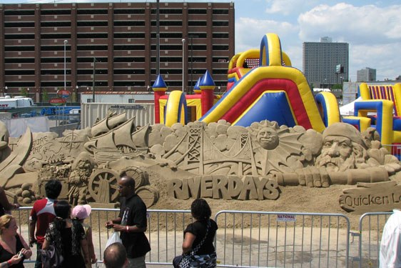 Detroit Riverdays Sand Castle 2017